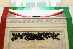 Fratelli d'Italia, l'Italia s'è desta!!! - 16/03/2011