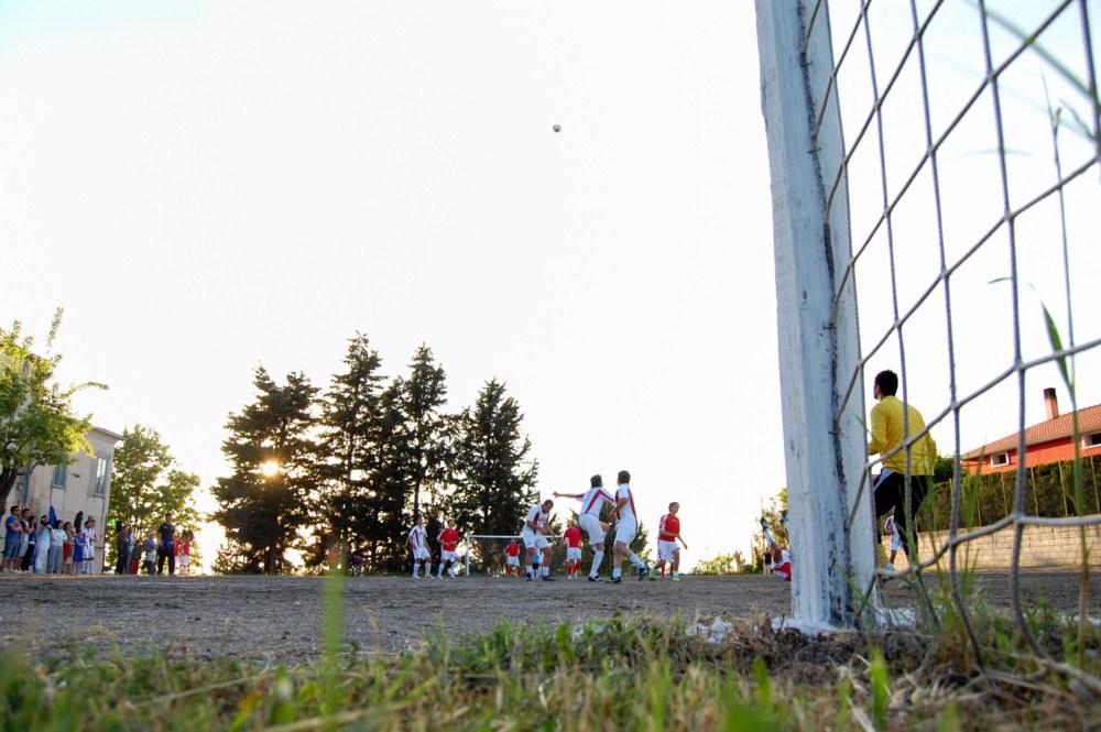 Torneo S. Antonio - ed 2010 - Tradizionale torneo di calcetto in onore di S. Antonio da Padova al campetto del convento di Paduli (BN)
