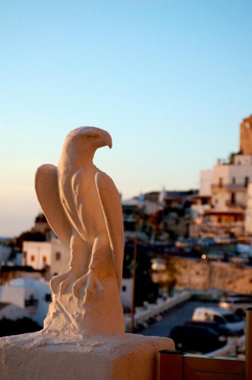 Gargano - Peschici - Una scultura tipica